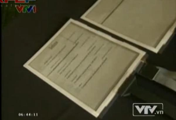 Máy tính bảng mỏng và mềm như giấy đến khó tin