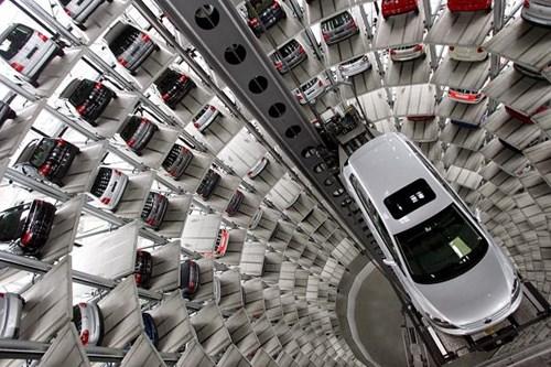 Tháp để xe của tập đoàn Volkswagen tại Wolfsburg