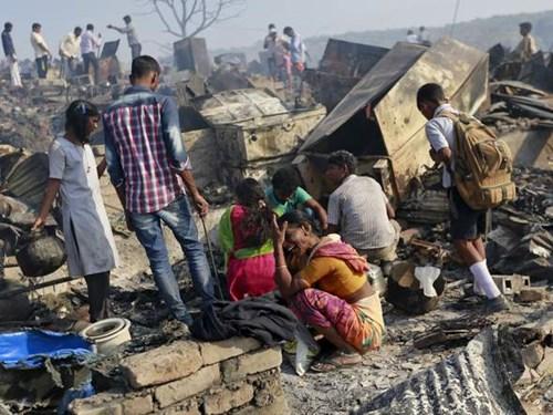 Đây là vụ hỏa hoạn mới nhất xảy ra ở Mumbai. Trước đó, hồi tháng 6, ít nhất 7 người thiệt mạng trong vụ hỏa hoạn ở chung cư cao tầng.