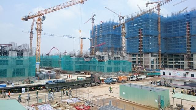 Các tòa Ruby đang xây tầng 19 đến 24. Các tòa Saphire đang xây tầng 3 đến tầng 5