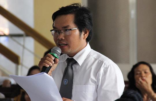 Luật sư Trần Vĩnh Khang bào chữa cho bị cáo Mẫn