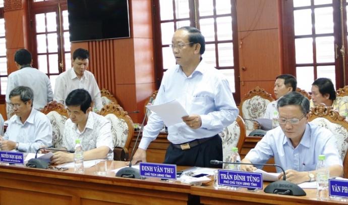 Ông Đinh Văn Thu kiến nghị các dự án giao thông trên địa bàn trong đó có thu hút đầu tư mở rộng sân bay Chu Lai.