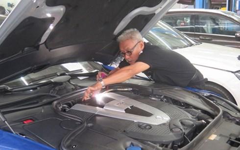 Một số khách hàng sử dụng xăng RON 95 mua tại một số CHXD tại khu vực TP HCM bị chết máy phải sửa chữa. (Ảnh: TNO)