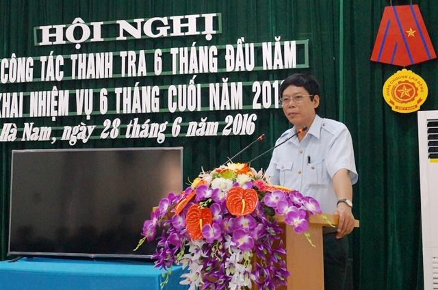 Phó Chánh Thanh tra tỉnh Phạm Mạnh Hùng phát biểu tại hội nghị. Ảnh: Hoàng Long