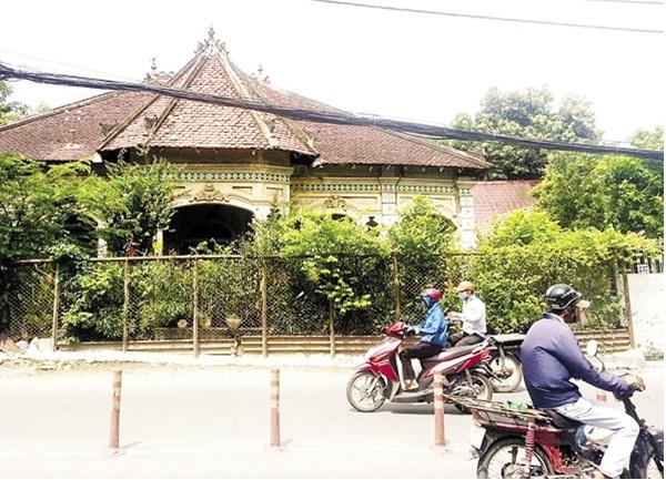 Ngôi biệt thự cổ trên đường Nơ Trang Long trước khi phá bỏ