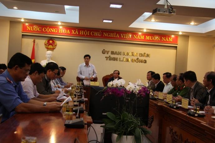 Tại cuộc họp khẩn chiều 19/6, Thứ trưởng Nguyễn Ngọc Đông đề nghị các đơn vị liên quan khẩn trương làm rõ nguyên nhân đồng thời tiếp tục khắc phục hậu quả vụ tai nạn