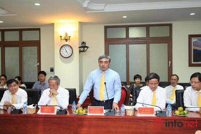 Thứ trưởng Bộ TT&TT Nguyễn Minh Hồng phát biểu tại lễ ký kết.