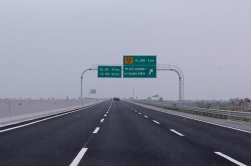 Cao tốc Hà Nội - Hải Phòng ngày vừa tăng phí