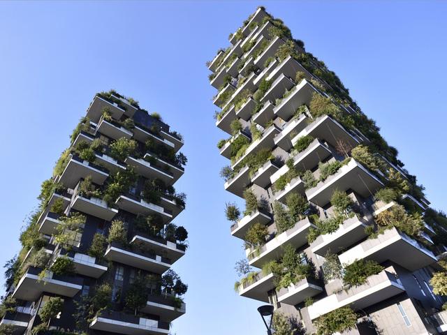 Một trong những tòa nhà được đánh giá cao nhất về kiến trúc trong năm 2015 vừa qua là tổ hợp căn hộ Interlaca Building ở Singapore. Tòa nhà này đã đạt giải nhất tại Liên hoan kiến trúc thế giới năm 2015 và được mệnh danh là tòa nhà của năm.