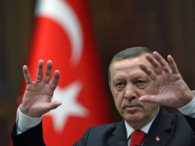 Nếu không tìm ra nổi một giải pháp nào cho vấn đề người nhập cư, EU có thể sẽ phải nhận Thổ Nhĩ Kỳ là thành viên và để đổi lại, nước này giữ người nhập cư, không cho họ đi vào lãnh thổ của EU.
