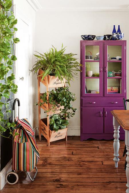 Sử dụng cây xanh nơi góc tường cũng là một lựa chọn lý tưởng.