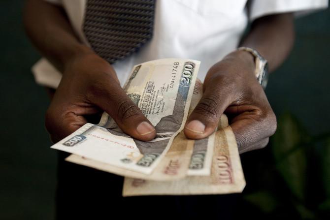 Tạp chí Y học Southern Medical Journal đã phát hiện và chứng minh, 94% đồng đôla có dấu tích của phân. Do đó, hãy rửa tay mỗi khi chạm vào tiền.