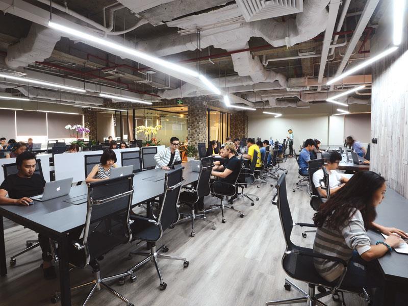Với mô hình này, Trung Tín hướng đến những bạn trẻ du học ở nước ngoài về, những bạn trẻ nước ngoài muốn có môi trường làm việc tại Việt Nam.