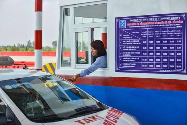 Trường hợp xe mất thẻ, làm hỏng thẻ sẽ phảibồi thường 200.000 đồng/thẻ. Mức phí của cao tốc Hà Nội-Hải Phòng cao nhất là 600.000 đồng/lượt xe.