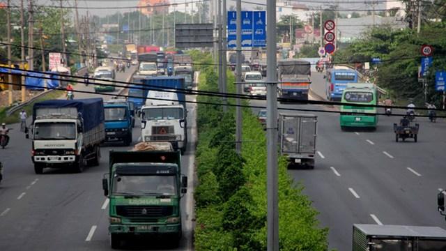 Hình ảnh Quốc lộ 1A đoạn gần cầu vượt Ngã tư ga nơi tuyến đường trên cao sẽ đi qua.
