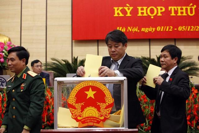 95,56% ĐB HĐND bầu ông Nguyễn Đức Chung làm Chủ tịch Hà Nội, kế nhiệm ông Nguyễn Thế Thảo