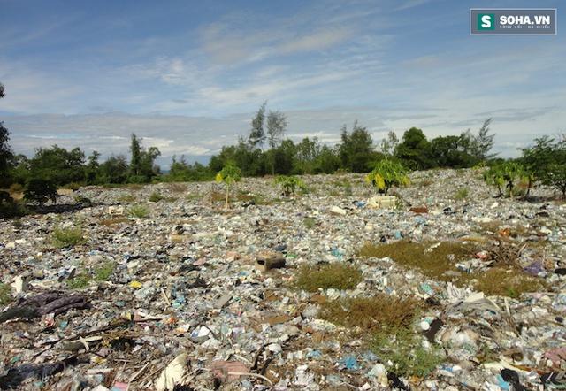 Người dân trong thị trấn và sống xung quanh bãi rác này lo ngại và mong muốn sớm nhận được kết qủa từ cơ quan chức năng về số bùn thải của Formosa được đổ tại đây.