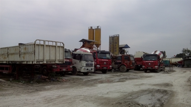 Sau khi được giao đất Cty Thành Long liên kết với trạm trộn bê tông không phép của Cty Sông Đà Việt Đức
