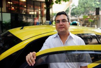10. Lái xe taxi