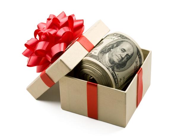 Các ngân hàng, công ty chứng khoán thưởng tết dương lịch 2014 ra sao?