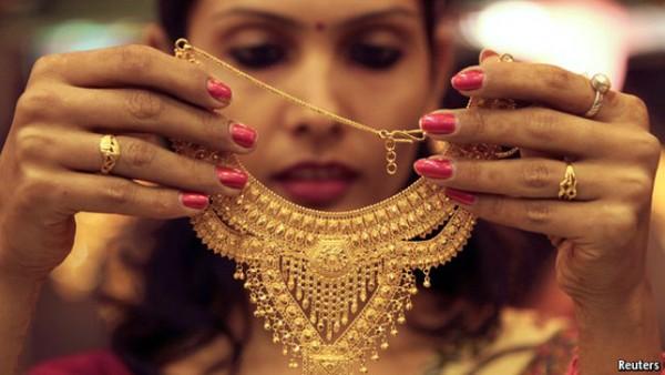 Vì sao dân Ấn Độ 'nghiện' vàng?