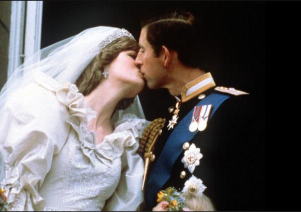 [Ảnh] Cuộc đời của công nương xinh đẹp, đoản mệnh Diana