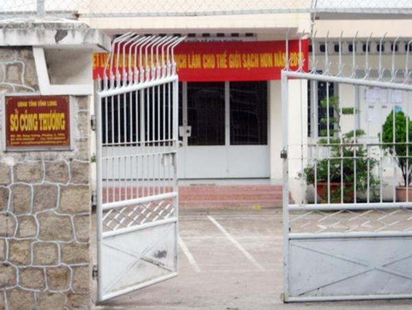 Vĩnh Long: Nghỉ việc liên hoan 'mừng sếp mới', cả Sở bị kiểm điểm