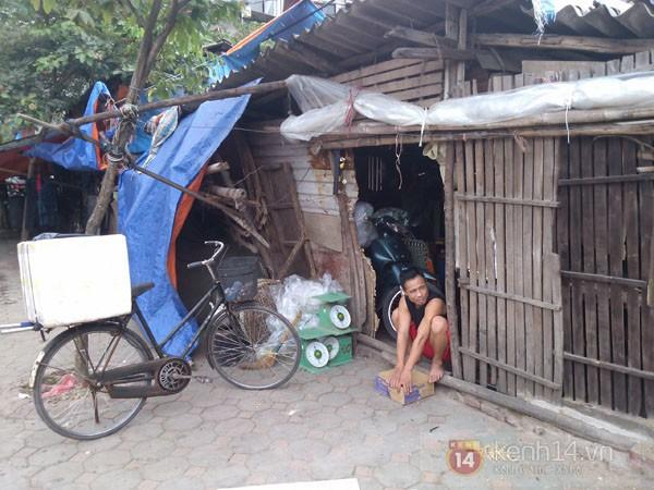 Cảnh bần hàn ở 'khu ổ chuột' giữa lòng Thủ đô