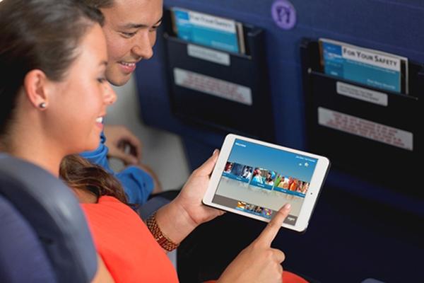Hãng hàng không Hawaiian Airlines trang bị 1500 iPad mini cho hành khách giải trí
