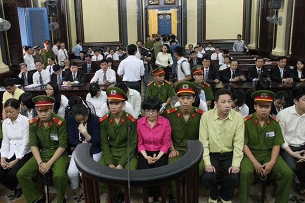 'Đại án' Huyền Như: 4.000 tỷ, lòng tin và nước mắt