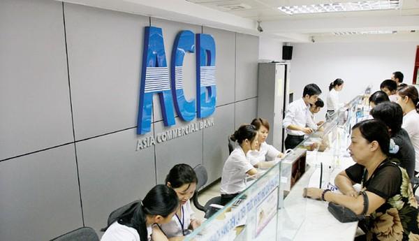 ACB: Thu nhập bình quân nhân viên giảm 9% xuống còn 12,75 triệu đồng/tháng