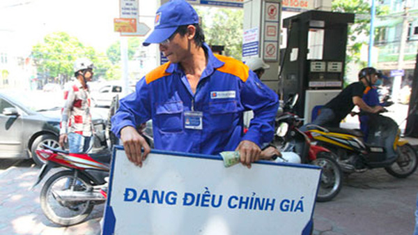 Hiệp hội xăng dầu chê chuyên gia kinh tế không am hiểu thực tiễn
