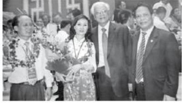 """Nữ doanh nhân Đặng Thanh Hương: """"Tôi luôn lỡ hẹn với con"""""""