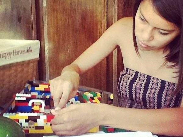 Hãy mua trò chơi Legos