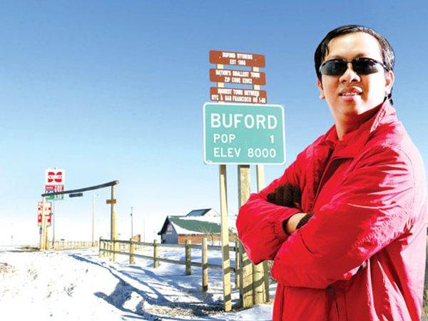 Thị trưởng gốc Việt đổi tên thị trấn tại Mỹ để kinh doanh cà phê