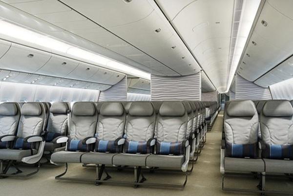 Các hãng hàng không 'chèn ép' hạng ghế phổ thông