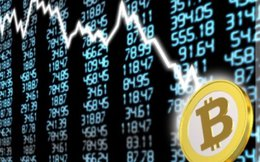 Bitcoin mất 30% giá trị trong tích tắc