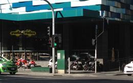 Phở 24 ở Melbourne: Phở hay Phở ăn liền?