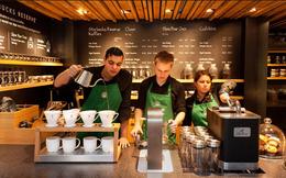 'Bẫy' khách hàng bằng thiết kế, Starbucks khiến ai ai cũng phải 'mở hầu bao'