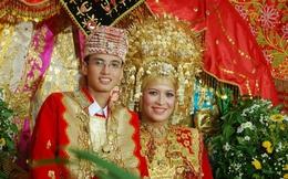 """Thăm 'hậu duệ"""" người Việt giàu có và phồn vinh tại Indonesia"""