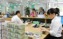 Nhân viên ngân hàng nào nhận lương 'bèo' nhất Việt Nam?
