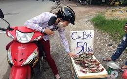 Cua biển 50 nghìn/kg nghi từ Trung Quốc bán đầy ở vỉa hè Hà Nội