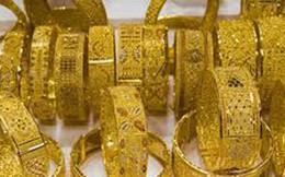 Người mua vàng 'né' tháng cô hồn