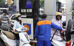 Doanh nghiệp lãi cao, giá xăng dầu thế giới giảm: Đến hẹn vẫn không… giảm giá
