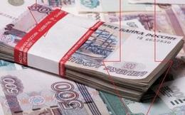 EU đưa ra lệnh trừng phạt, rúp Nga thấp nhất trong lịch sử