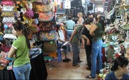 Cử nhân kinh tế có bằng tiểu thương Chợ Lớn?
