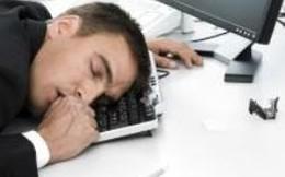 Nhân viên ngân hàng chuyển nhầm hàng trăm triệu euro vì … ngủ gật trên bàn phím