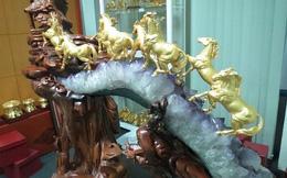 Cận cảnh bộ 'quà khủng' Bát Mã mạ vàng giá bạc tỷ