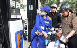 Giá xăng tăng 300 đồng/lít
