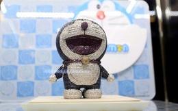 Tượng Doraemon nạm kim cương đắt nhất thế giới có giá bao nhiêu?